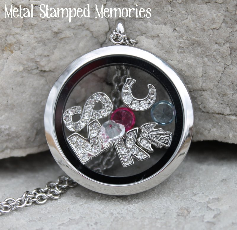 Floating Reversible Circle Locket Necklace