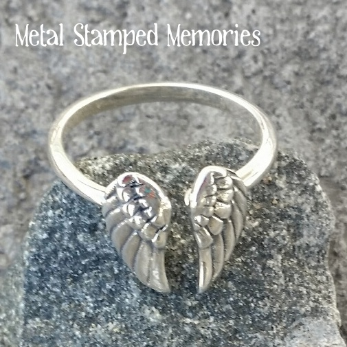 Double Angel Wings Ring